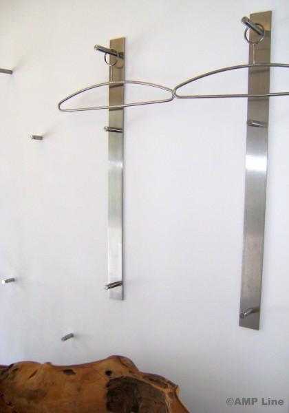 """Edelstahl Garderobenleiste Typ """"Flip1"""" in der Länge 840mm, 3 Haken"""
